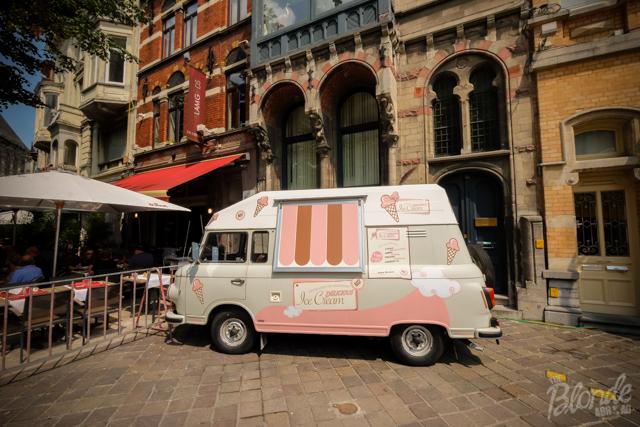 Chocolaterie Luc Van Hoorebeke ice cream truck
