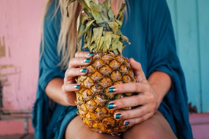 Aruba Inspired Travel Nails