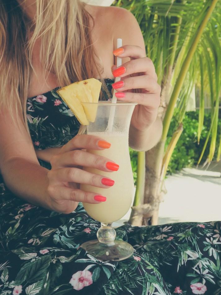 Tequila Sunrise Travel Nails