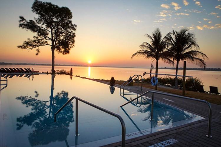 Travel Job Club Med