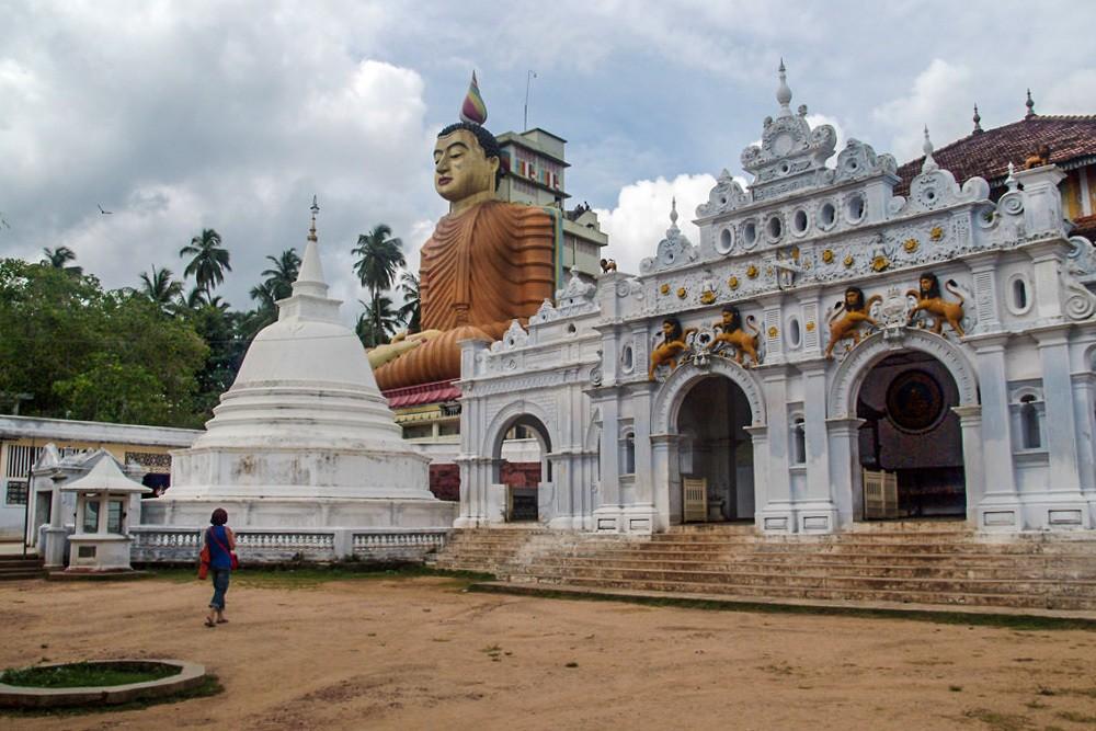 Dickwella Buddha