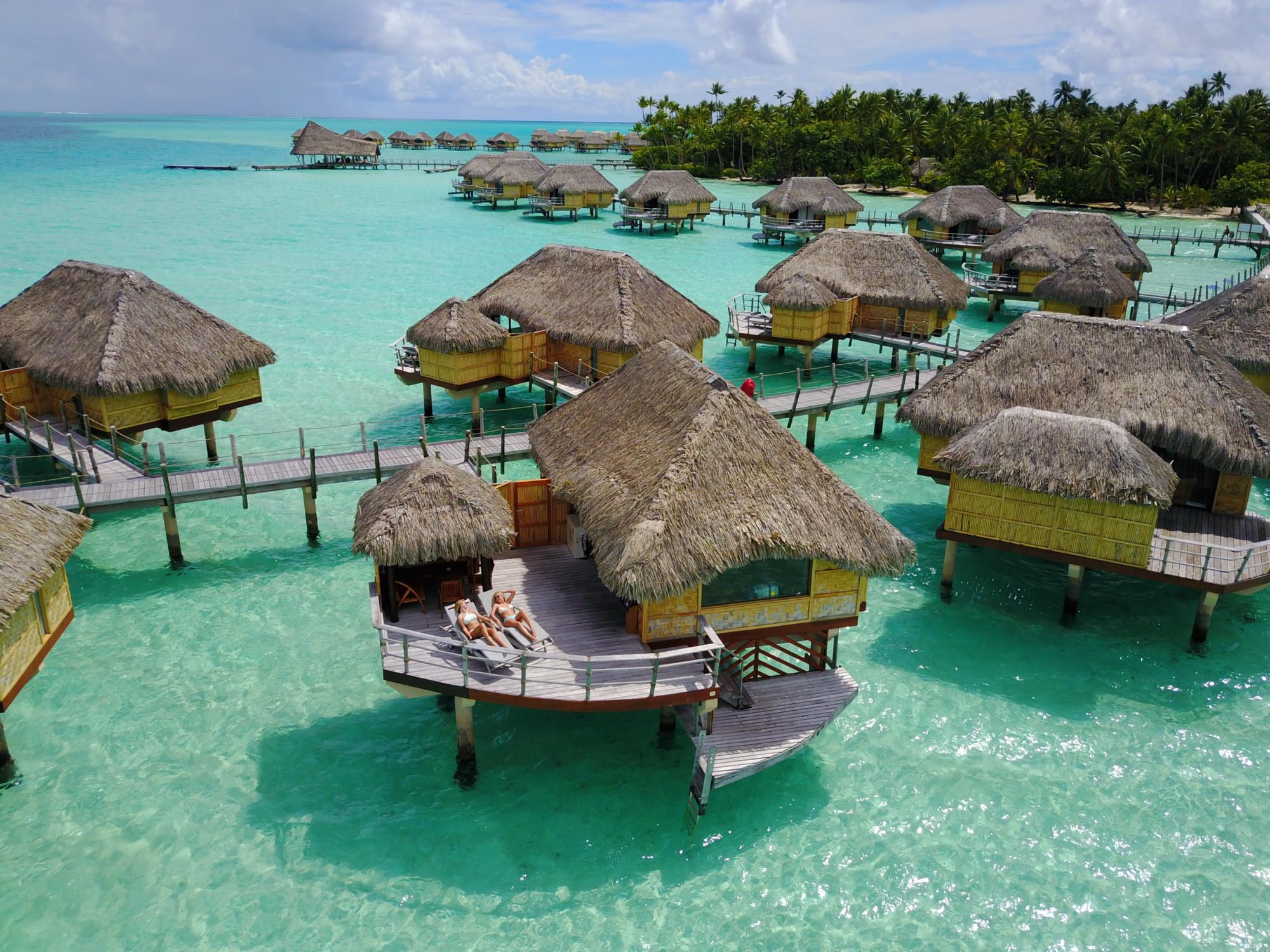 Staying at Le Taha'a Island Resort & Spa