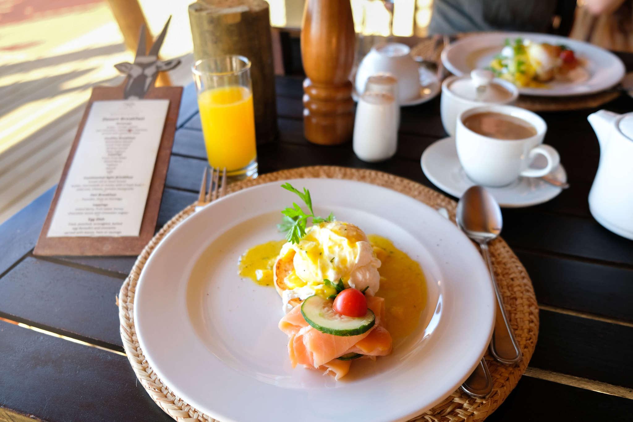 breakfast at wolwedans dunes lodge