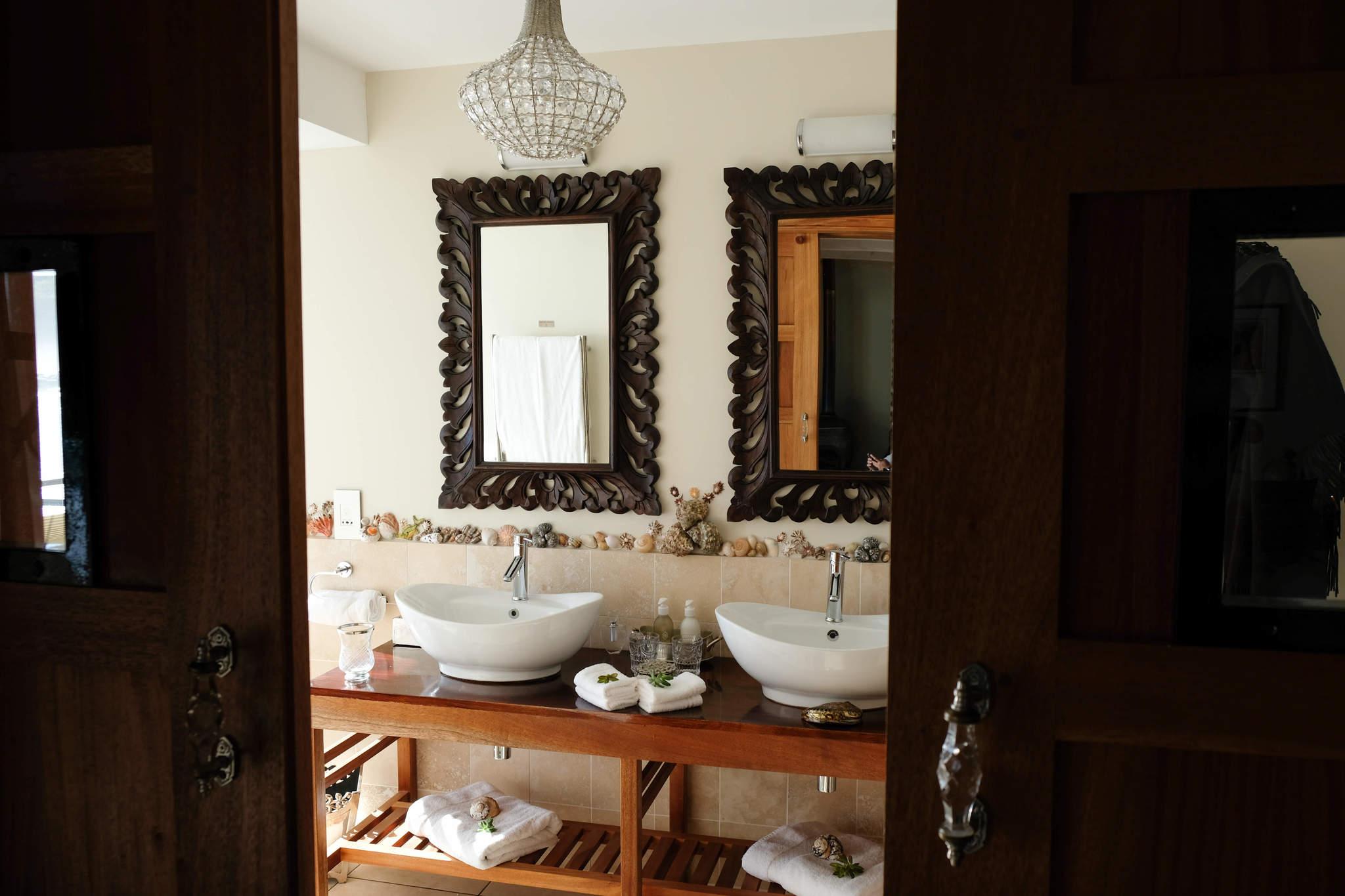 Tintswalo Bathroom