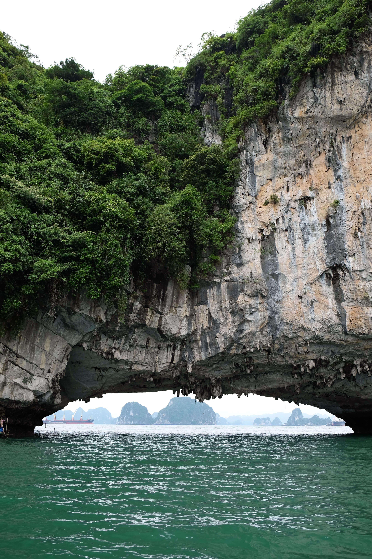 Bai Tu Long Bay Rocks