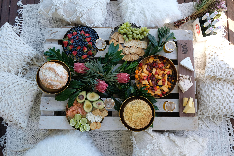 Summer Picnic Tablescape