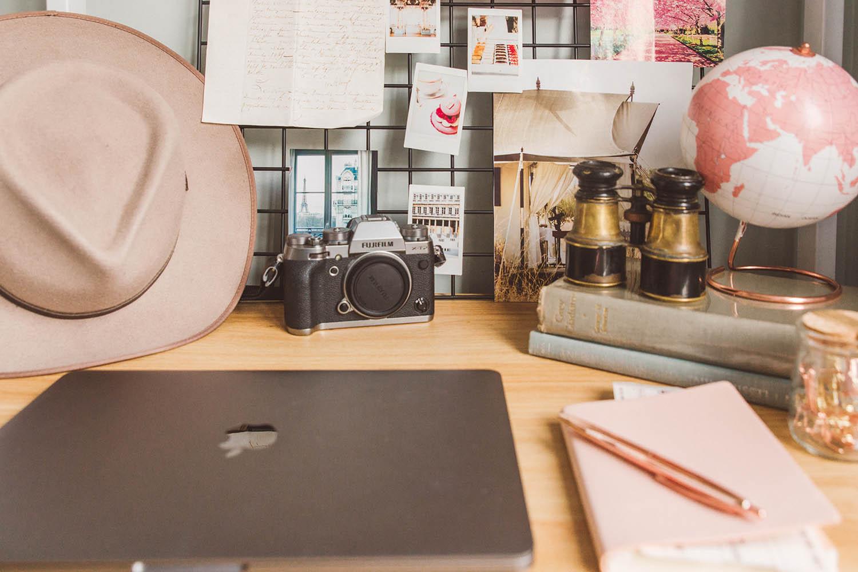 Blogging Desk Travel