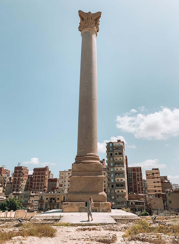 pompeys-pillar-alexandria ▷ Itinerario de 5 días en Egipto para El Cairo y las pirámides