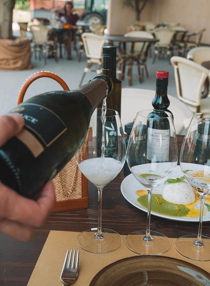 prosecco-wine-italy-dinner- ▷ La guía definitiva para comer como local en Italia