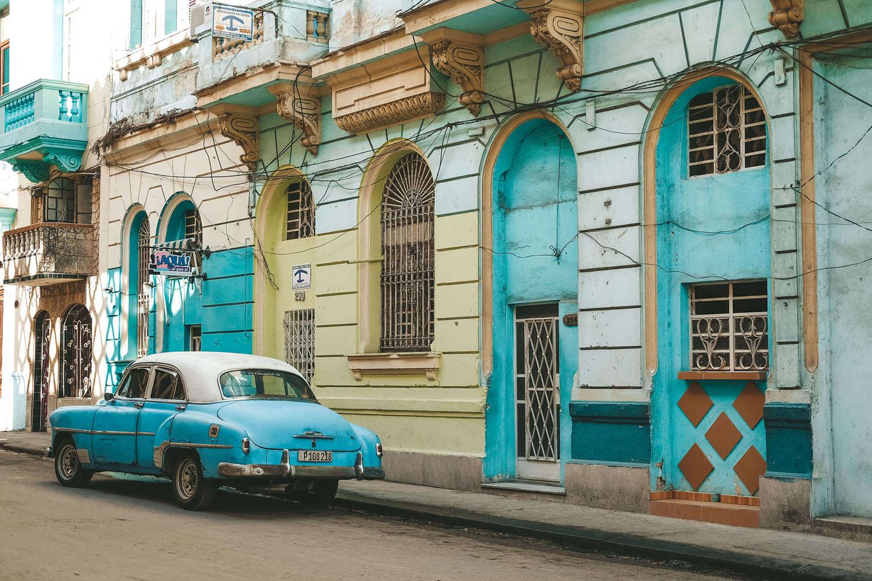 car-in-Havana-Cuba1