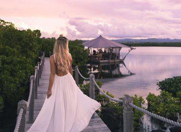 Blonde-in-Mauritius-3thumb