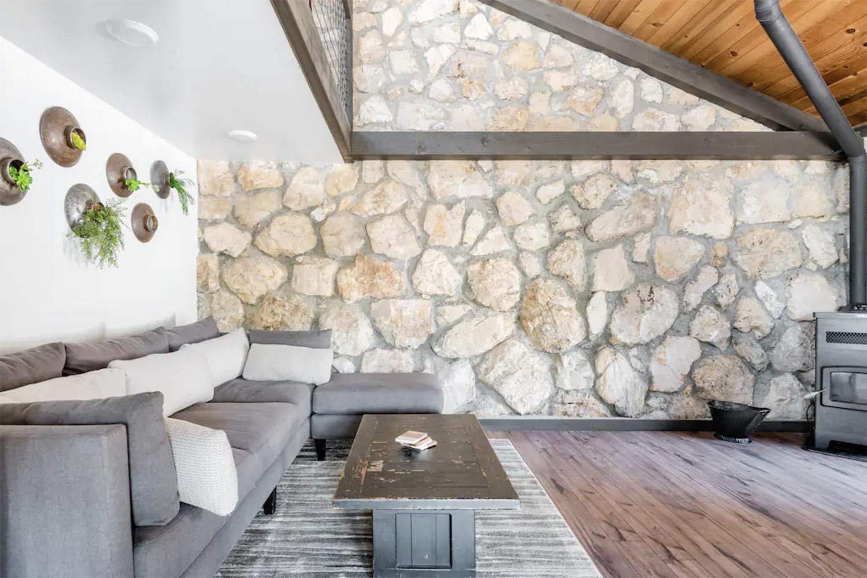 Cool Airbnb California Rock Wall