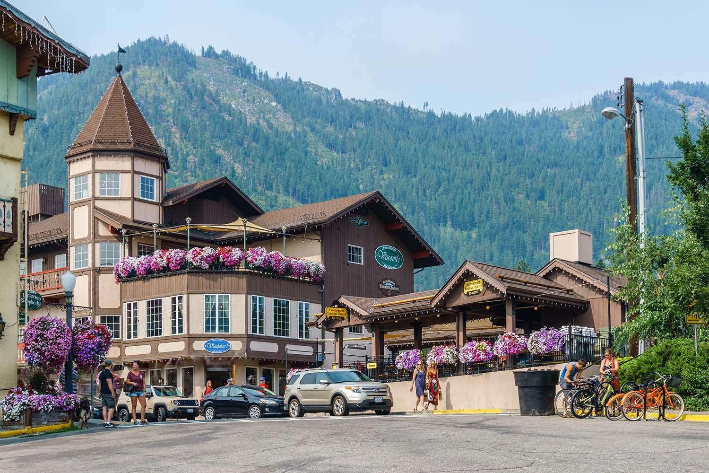 Leavenworth Washington Bavarian German Town Road Trip