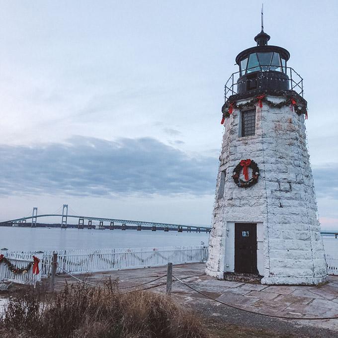 1Goat Island Lighthouse at Gurney s Resort Winter
