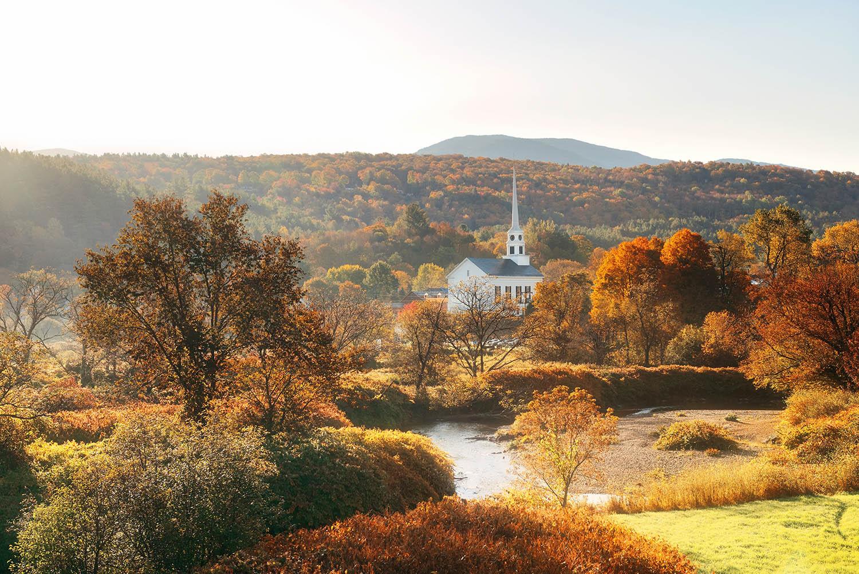 stowe vermont church fall leaves autumn best destinations usa