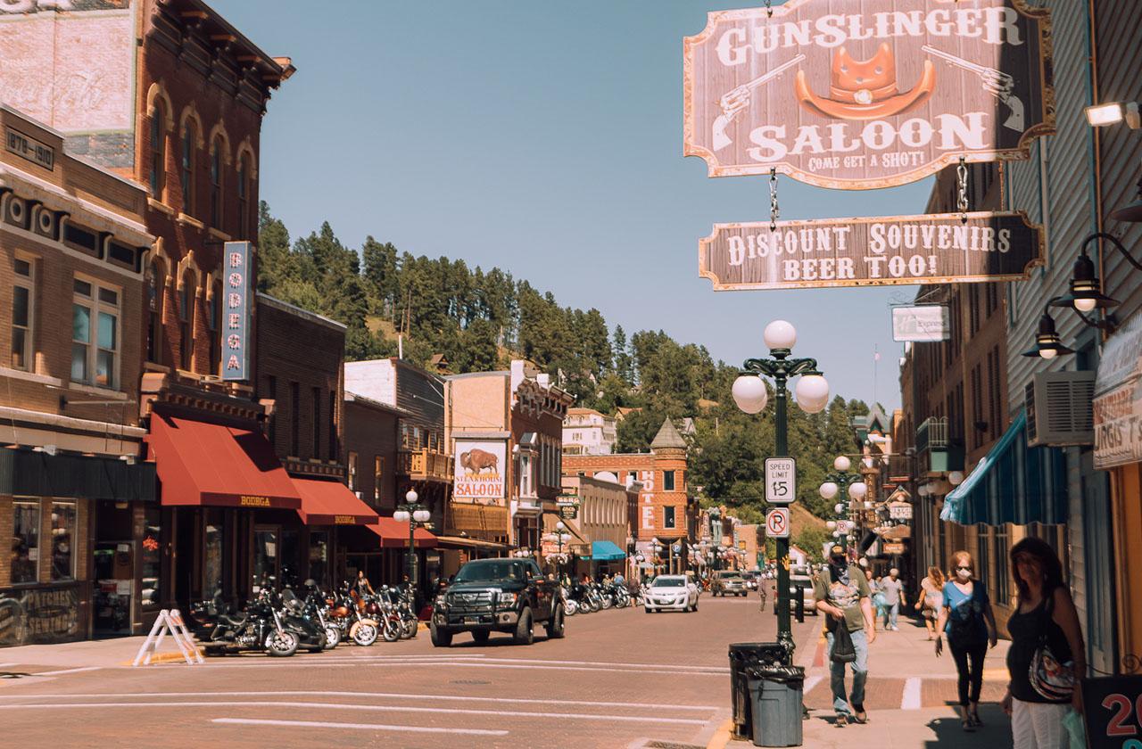 O itinerário final de uma viagem de carro de 3 dias na Dakota do Sul • The Blonde Abroad 8