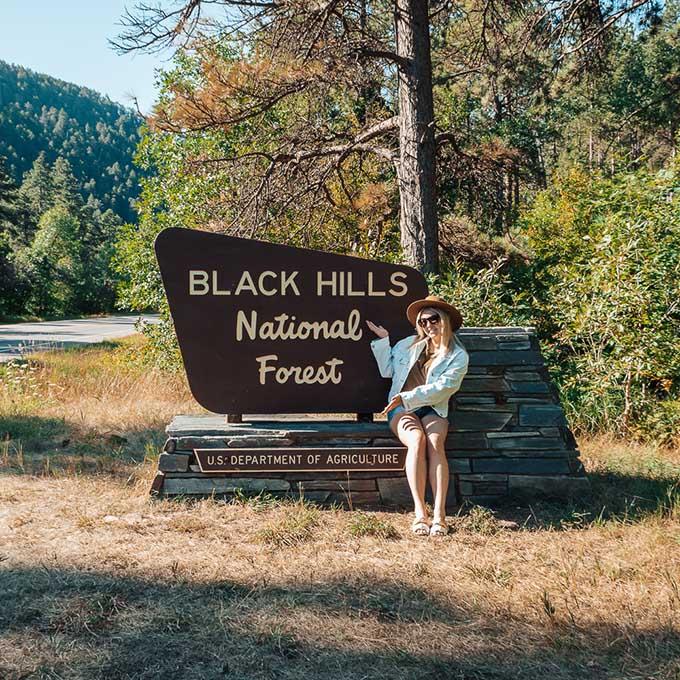 O itinerário final de uma viagem de carro de 3 dias na Dakota do Sul • The Blonde Abroad 22