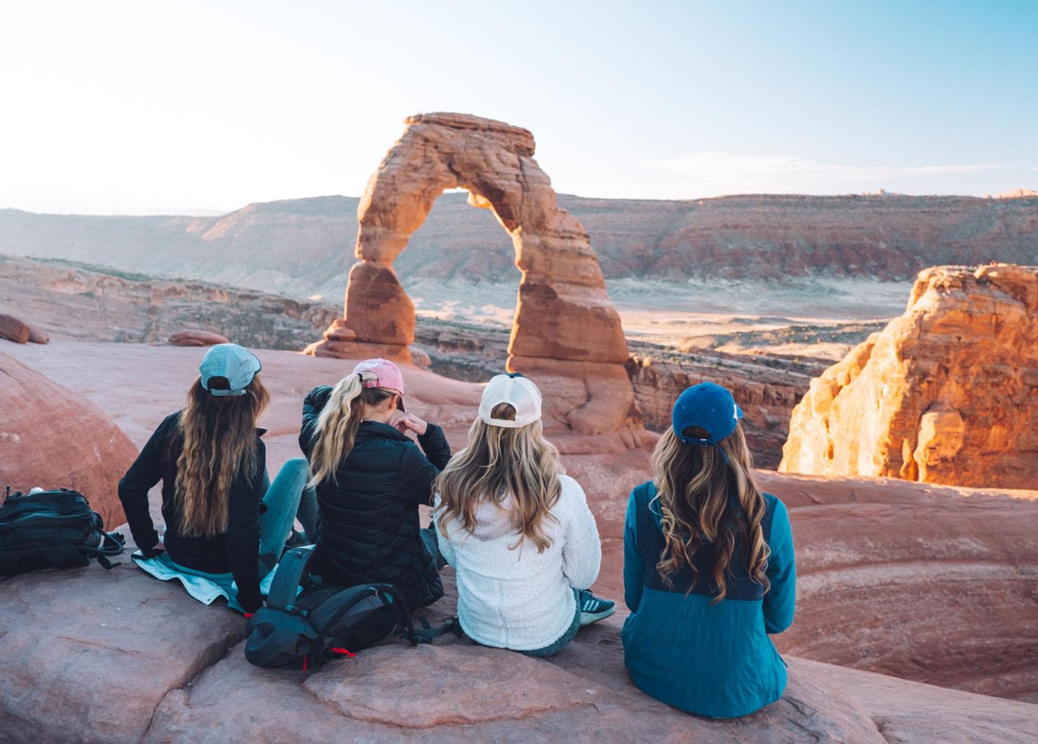 O melhor guia de bem-estar e caminhadas para Moab, Utah • The Blonde Abroad 12
