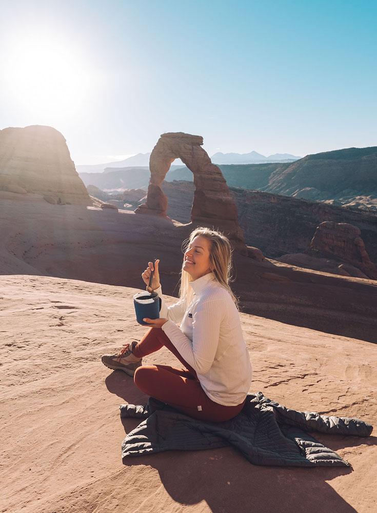 O melhor guia de bem-estar e caminhadas para Moab, Utah • The Blonde Abroad 14