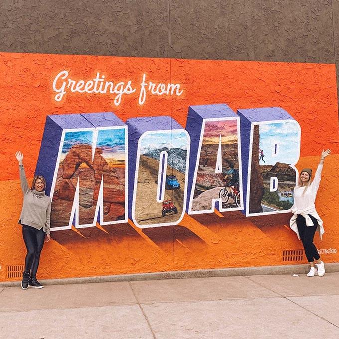O melhor guia de bem-estar e caminhadas para Moab, Utah • The Blonde Abroad 8