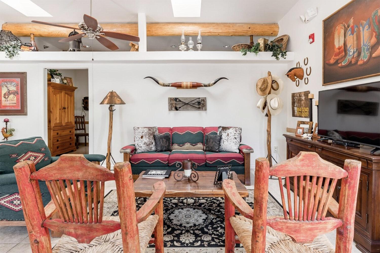 bunkhouse cowboy scottsdale airbnb arizona