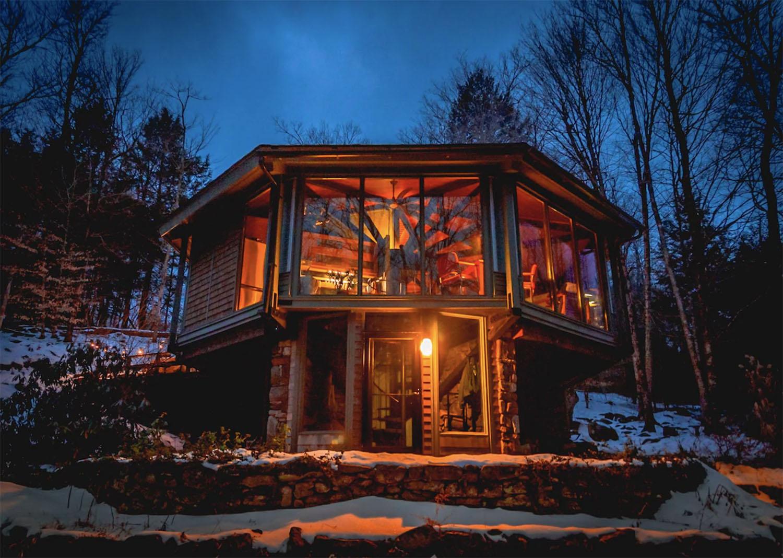 Octagonal House Windows Otis Massachusetts Treehouse Berkshires Airbnb