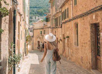 Guide to Deia Valldemossa Mallorca